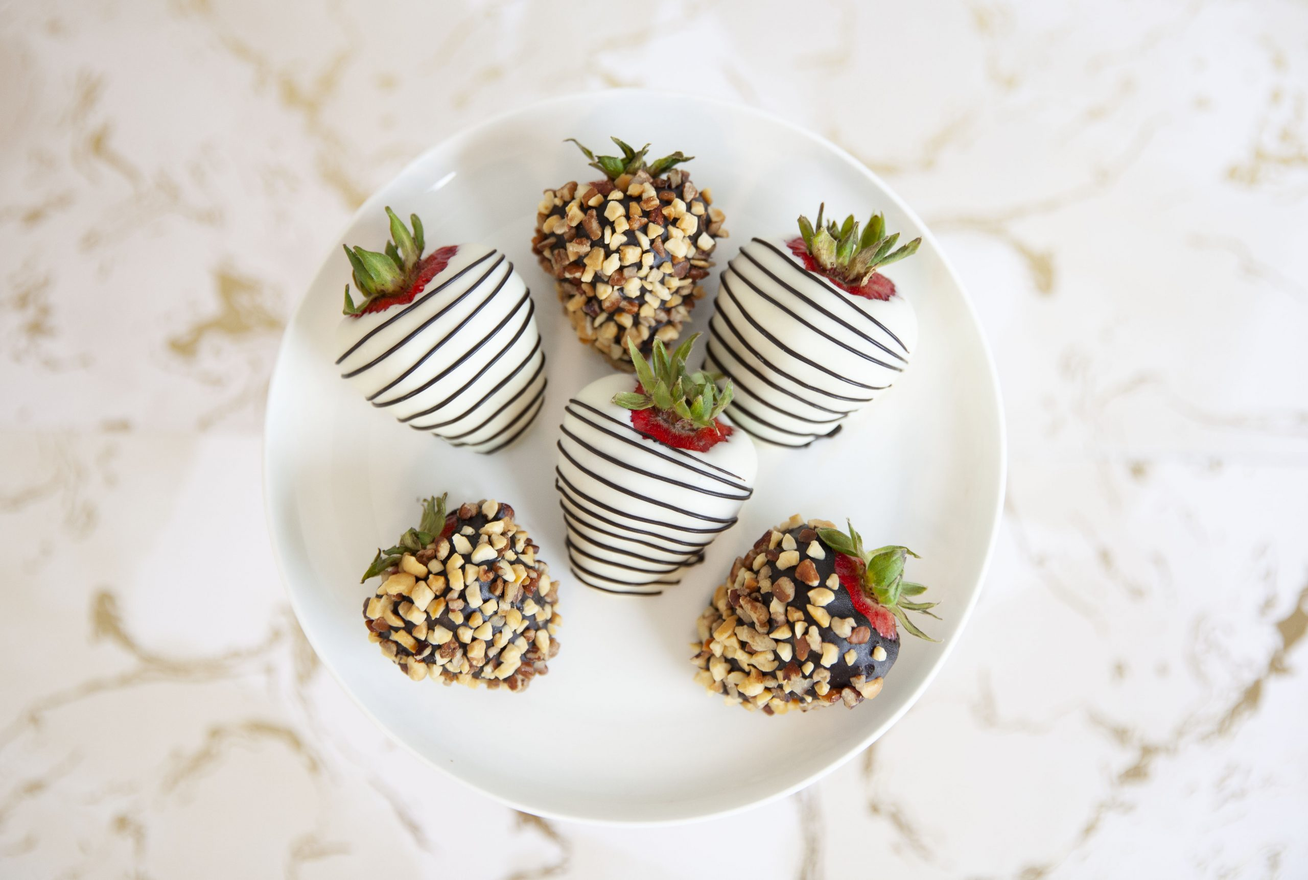 Strawberry with peanuts